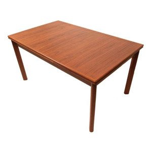Compact Vertical-Grain Expanding Teak Dining Table