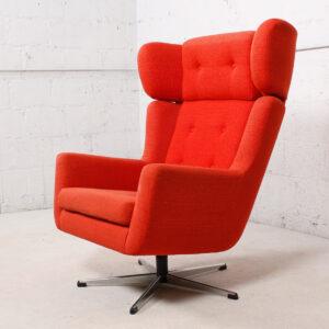 'Papa Goes Star Trek' Red Upholstered Swivel Lounge Chair w / Chrome Star Base