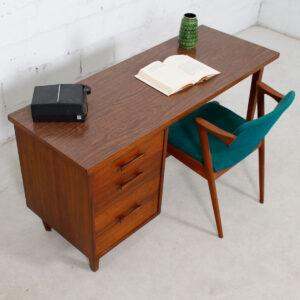 Foster – McDavid MidCentury Modern Walnut Desk