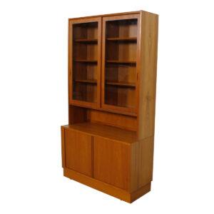 42.5″ Danish Teak Bookcase / Storage / Display Cabinet by Hundevad, Denmark