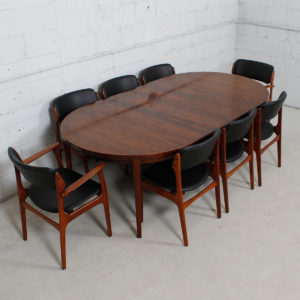 Delicieux Danish Rosewood Round To Oval Expanding Dining Table