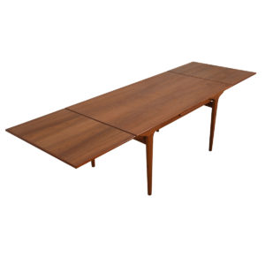 Danish Modern Expanding Teak 'Organic Leg' Dining Table