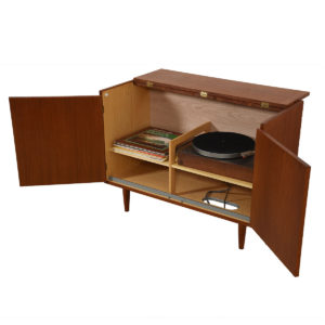 Media / Vinyl / Storage Cabinet with Lift-Up-Top in Teak