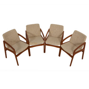 Set of 4 Kai Kristiansen Style Teak Dining Chairs in Oatmeal Upholstery
