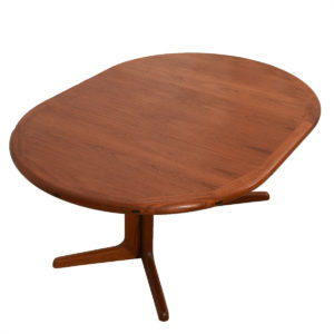 Danish Modern Round Dining Table w/ Leaf