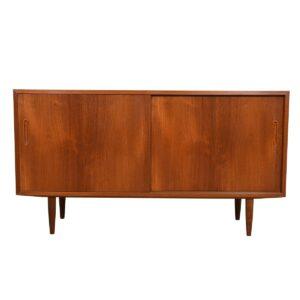 Danish Modern 55″ Compact Teak Sideboard / Media Cabinet