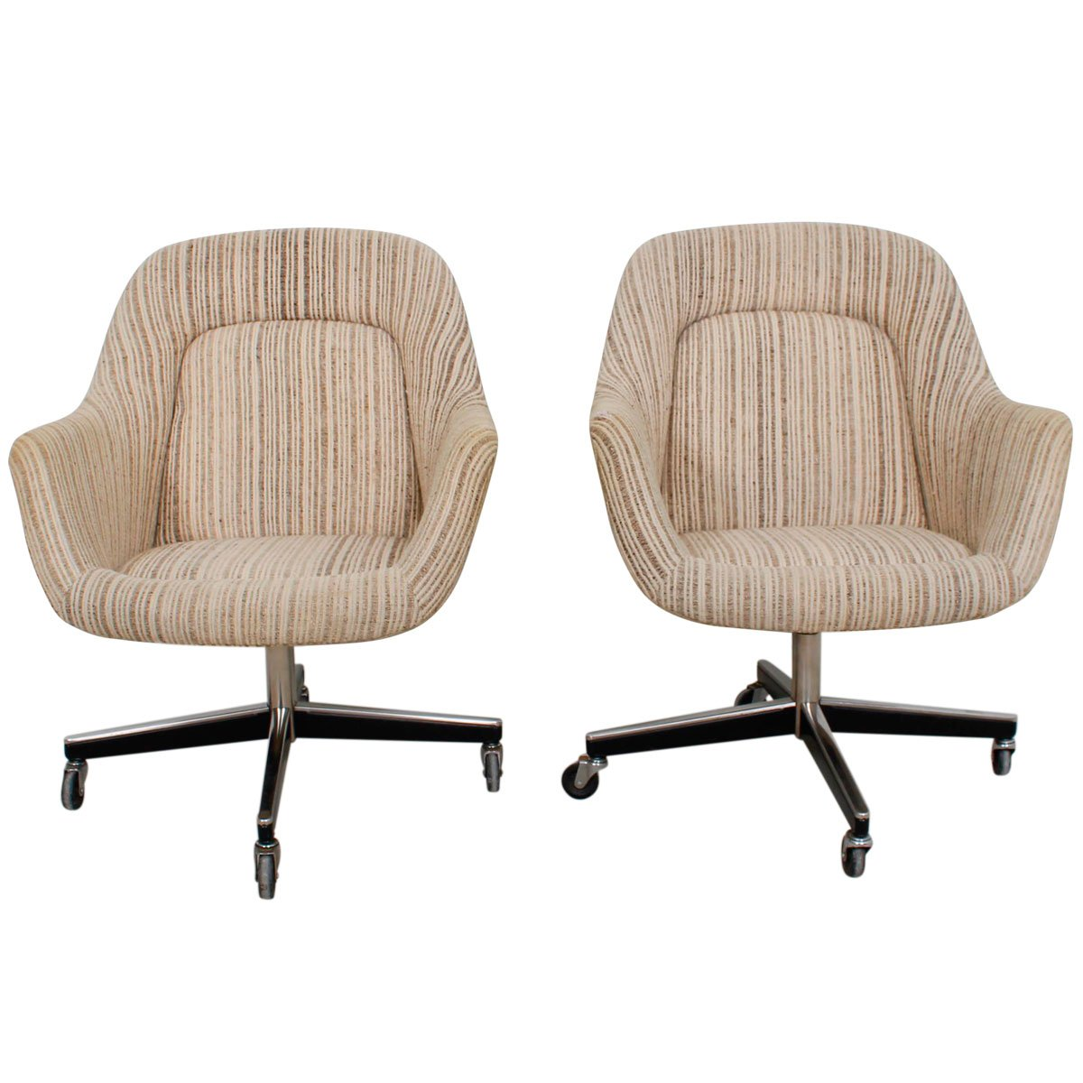 Knoll U2013 Pair Of U002770s Upholstered Chairs